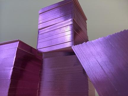 Carte de visite dorure violette sur tranche