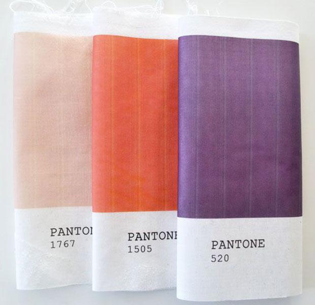 Serviette Pantone
