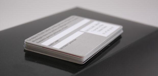 Carte plastique avec ardoisine ou blanc d'écriture