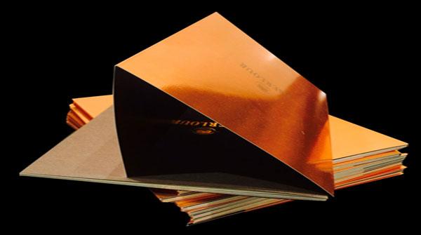 Brochure dos carré collé et sur-couverture