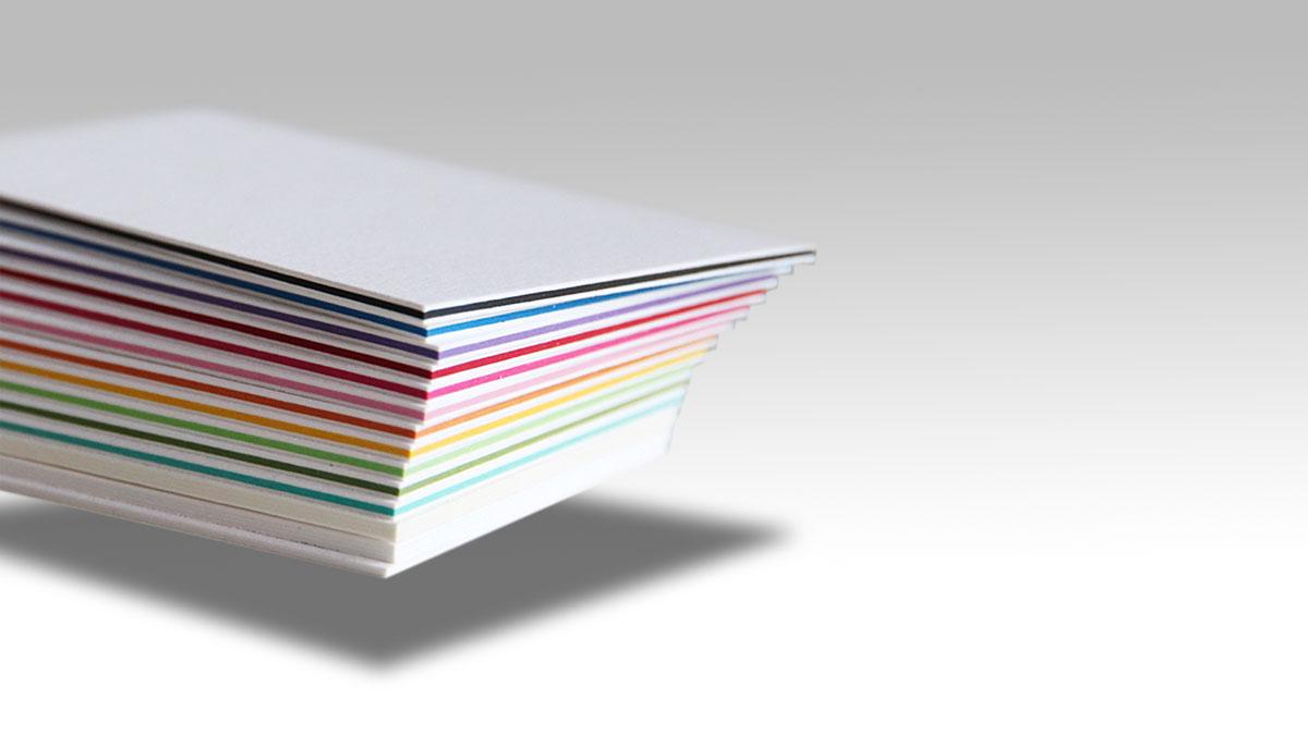 Cartes contrecollées, tranche couleurs
